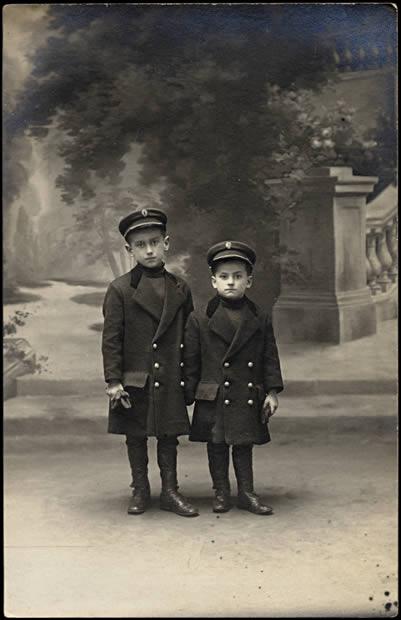 Deux jeunes frères